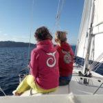 godersi il tramonto in barca a vela palau